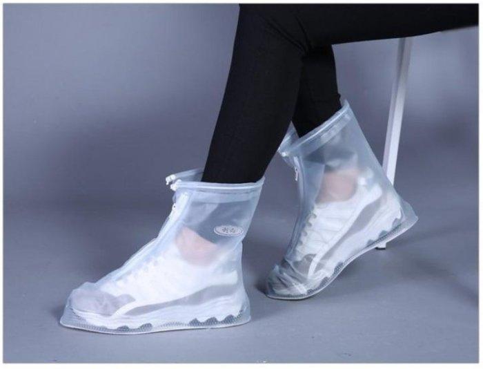 【防滑雨鞋套】AP0373 現貨 熱賣中 時尚 韓版可愛 時尚鞋套 日系女版 雨鞋套 加厚 防水 兩色可選