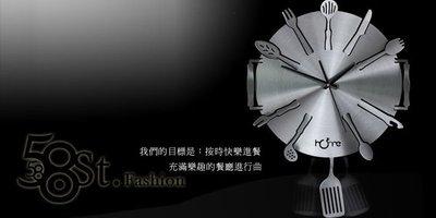 【58街燈飾-台北館】創意設計師款式「-美味交響曲- 鈦鋁合金超靜音擺鍾」金屬特殊鍾。AB-104