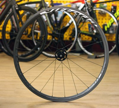 ~騎車趣~VITTORIA ELUSION CARBON全碳纖維開放胎輪組 贈飛輪+CORSA內外胎