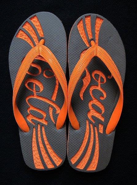 休閒鞋海灘鞋夾腳拖鞋涼鞋像版畫模板又似木雕刻的橡膠雕刻文創藝術品012【心生活美學】