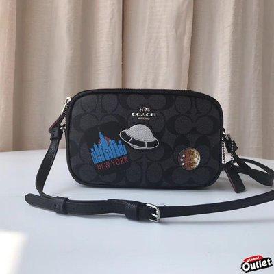 【全球購.COM】COACH 29463 新款女士星球飛碟徽章斜跨相機包 雙拉鏈隔層 美國代購