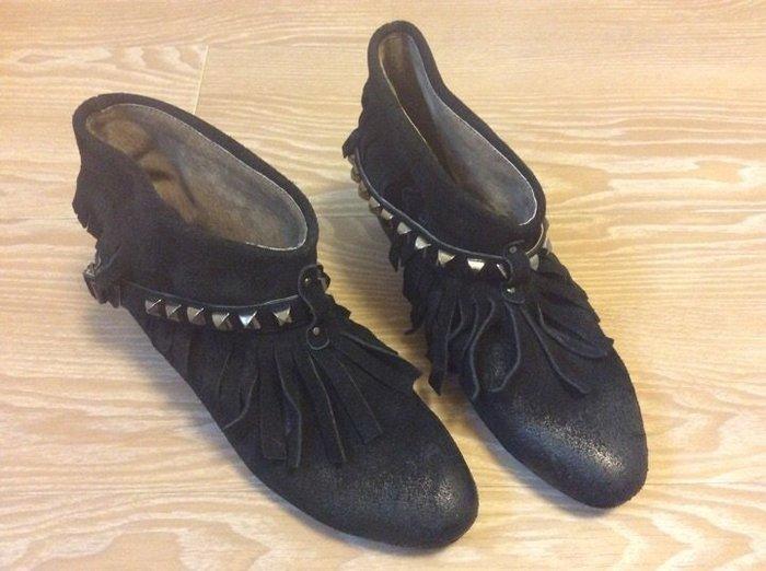 *Beauty*Mild Doma黑色卯釘流蘇踝靴 39號 短靴 IR