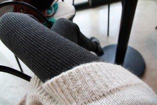 天秤座~ 踩腳褲顯瘦保暖內搭褲 針織棉直條纹加厚連褲襪踩腳褲 內搭褲 注:浅灰色比實物顏色要深一點