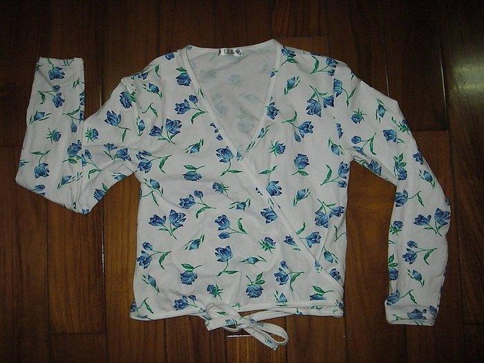 二手ELLE藍色印花和式交叉綁帶上衣(V領短版棉T)家居服