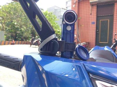 全新  HTC RE專用  可調式彈性萬用機車行車紀錄器車架  適用機車管徑18-40mm