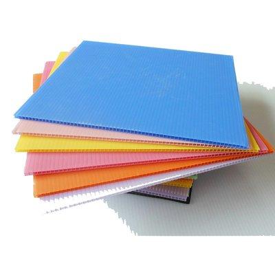 遇見❥便利店 PP瓦楞板塑料空心中空板萬通板板子隔板鈣塑板防水2|3|4|5|6|7|mm(規格不同價格不同請諮詢喔)