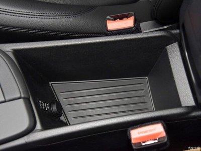 寶馬 BMW 2016 - 2018 X1 F48 專用 中央扶手 儲物盒 零錢盒 置物盒 18i 20i 18d