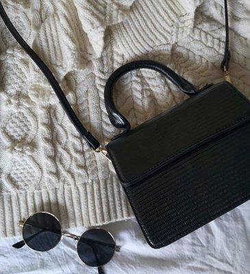 [SECOND LOOK]法國品牌 黑色 壓紋 手提 斜背 可調式 兩用 小包
