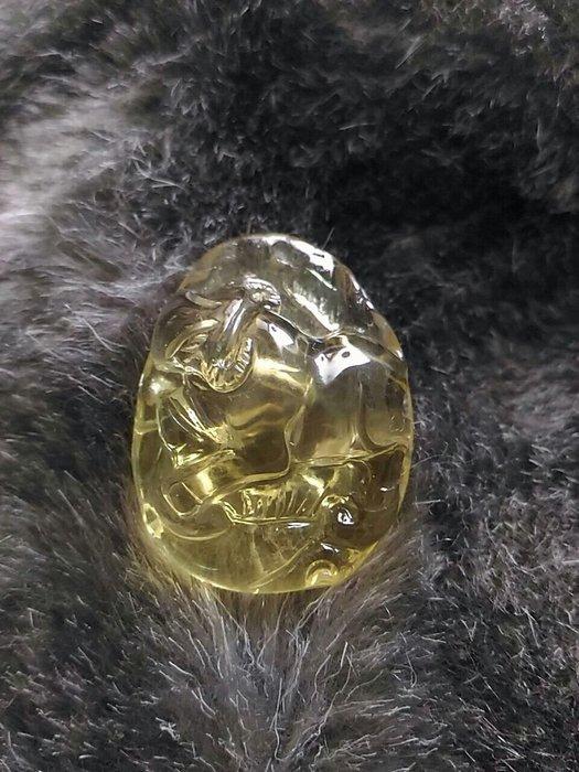 全新黃水晶立體雕刻牛圖騰墜