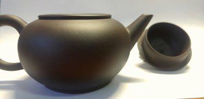 正一廠 中國宜興 紫砂壺 黑鐵(紫)砂 標準壺8杯 約1980年中後