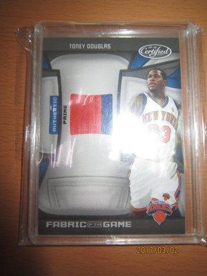 網拍讀賣~Toney Douglas~灰熊隊球星~道格拉斯~超低限量Patch雙色球衣卡/25~普特卡~共1張~300元