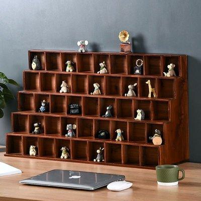 鄉村實木5層格架 桌上展示45格木櫃 五層45小格分隔置物架 質感玩具小物收納架 階梯形小公仔擺飾木架 原木樓梯造型層架