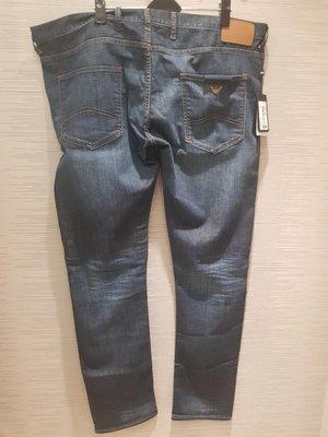 【EZ兔購】~正品美國Armani Jeans 亞曼尼 AJ 牛仔褲 稀有 ~現貨40腰 還有