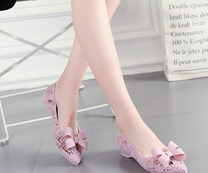 復古蝴蝶結尖頭果凍鞋鏤空低跟塑膠凉鞋女防水沙灘鞋洞洞女鞋 652626