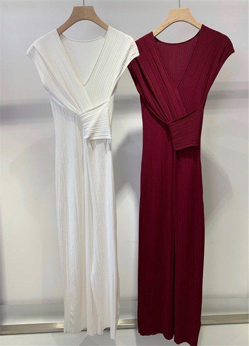 【C Select Shop】韓國設計款 V領交叉冰絲連衣裙 復古開叉設計 好質感 洋裝 連身裙 限量款