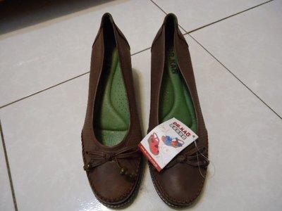 Dr.KAO 咖啡色真皮包鞋,尺寸:37.5,鞋內長:24.4cm,全新未穿標籤未剪,出清大降價