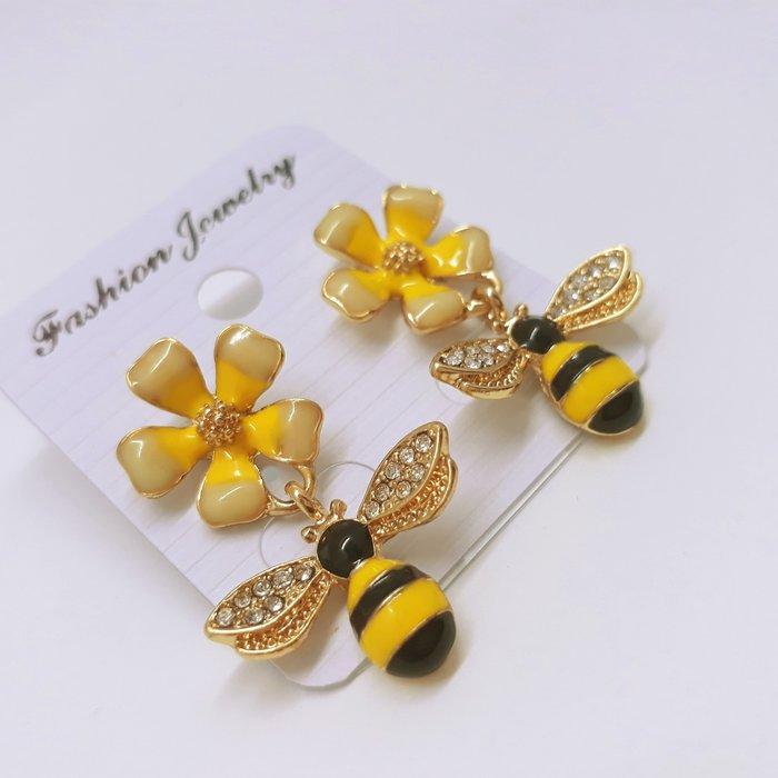 現貨 小蜜蜂鑽耳環 耳墬 個性耳環
