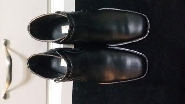 意大利經典木底手工皮鞋品牌 Marco DeLLi HAND MADE IN ITALY 真皮短靴