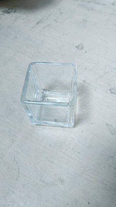 二手家具全省估價(大台北冠均 泰山店)二手貨中心--玻璃杯 方形玻璃杯 方型杯 布丁杯 BO-041505