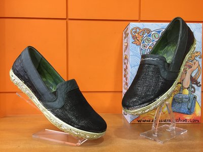 【阿典鞋店】**男鞋**Macanna**麥坎納專櫃~美迪亞2系列~全新綿羊+牛皮休閒鞋20273S