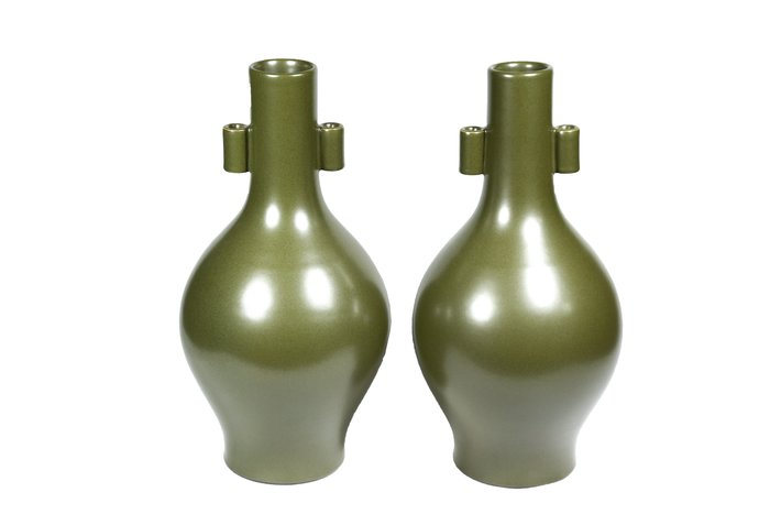 《博古珍藏》清乾隆.茶葉末釉貫耳瓶一對.高35公分.老件花瓶瓷器.非琺瑯彩粉彩青花釉裡紅茶壺茶杯碗盤罐.底價回饋