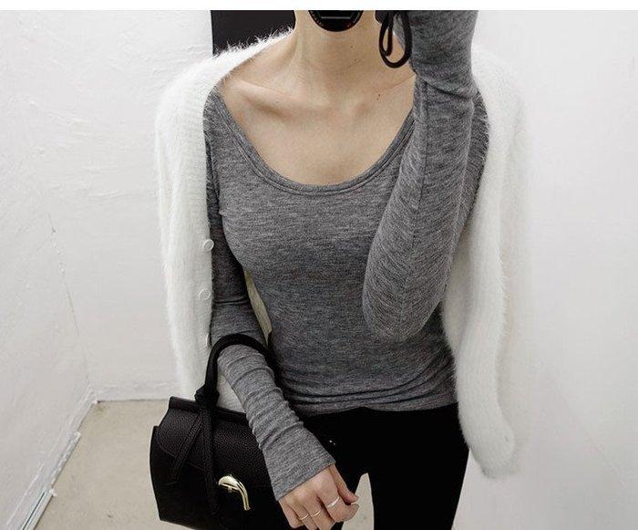 初秋。極簡氣質帶點小性感 貼身微彈大圓領露背芭蕾長袖T恤上衣-Euphoria Store