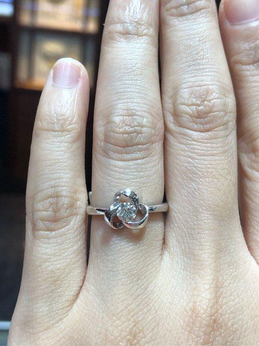 31分天然鑽石戒指,純手工立體拉花款式,簡單大方少見款,鑽石白火光閃超值優惠出清25800