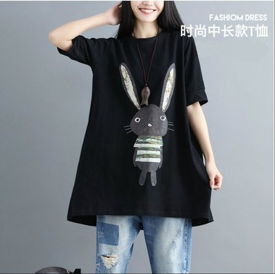 ☆中大碼 [吉米花] B-076092 時尚中長款圓領兔子T恤 ( 黑.紅 XL-5XL ) 現貨+預購