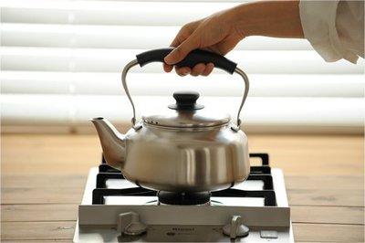 發現花園 日本選物~日本製  柳宗理 IH對應 不鏽鋼水壺 kettle 開水壺 . 燒水壺~霧面