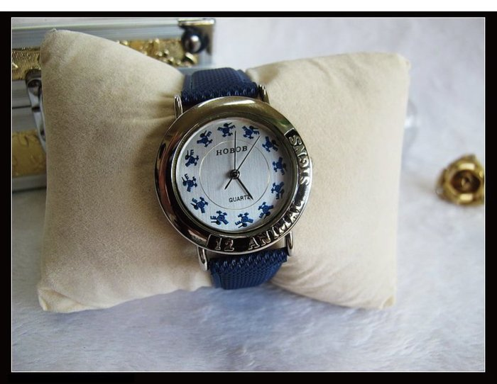 二手舖~ NO.40 高級時尚HOBOB女用錶 優惠價1支只賣200元 庫存全新品
