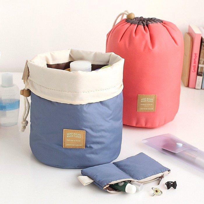 圓筒抽繩大容量化妝包☆ VITO zakka ☆旅行化妝品收納包