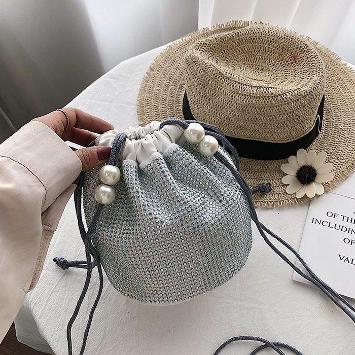 女包 女包包洋氣小包包女2019夏季新款潮洋氣水鉆包百搭鑲鉆包時尚斜挎水桶包