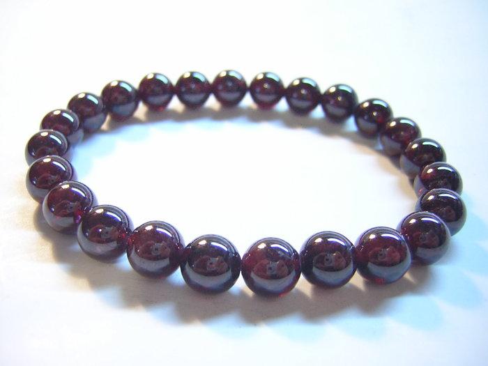 【采鑫坊】AA級紅石榴石手鍊~色紅微透光7.5mm《直購品》~24