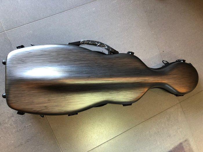 【六絃樂器】全新高質感黑色髮絲紋 輕量化琴型小提琴盒 / 現貨特價