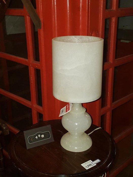 【卡卡頌 歐洲跳蚤市場/歐洲古董】歐洲老件_法國 白玉石 礦石 石材 雕刻 桌燈 檯燈 la0197✬