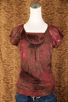 《小喵二手衣》MOMA 酒紅色漸層暈染雪紡薄紗短袖上衣