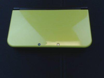 new 3DS LL 綠色 內付很多遊戲