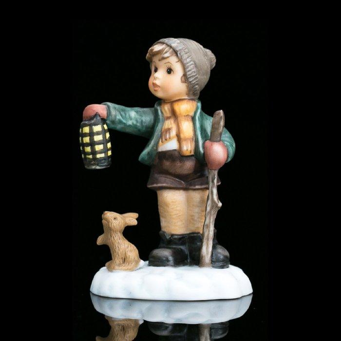 【吉事達】德國Goebel Hummel喜姆娃娃2003年可愛小夥伴陶瓷瓷偶 生日禮品