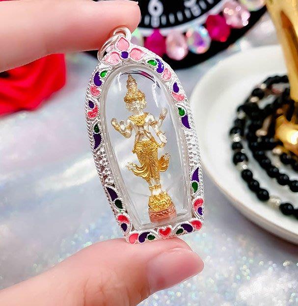 泰國佛牌真品 龍婆鄂 五面愛情 助愛情 招財運 增魅力 人緣 和合