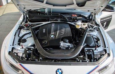 【樂駒】BMW F87 M2 F22 M235i F82 M4 碳纖維 Carbon 引擎室 拉桿 改裝 套件