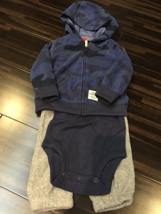 ☀APPLE SHOP☀ Carter's三件組 嬰幼兒 套裝 藍迷彩(尺寸:9-12M)