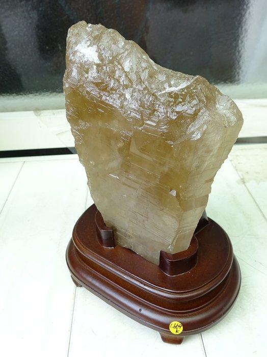 ~shalin-crystal~巴西茶黃水晶骨幹~1.669公斤~晶質清透~質地超優~低價起標!
