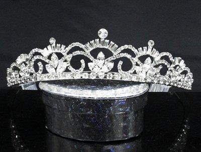 結婚飾物;結婚頭飾;新娘婚禮頭飾;新娘頭飾;婚禮皇冠; BRIDE BAND;BRIDAL HEADPIECE;WEDDING TIARA COMB #6012