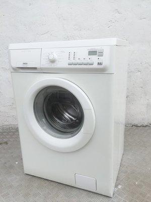 電器洗衣機1000轉 (大眼仔) 金章98%新 EWC10550W 包送貨安裝及90天保用***
