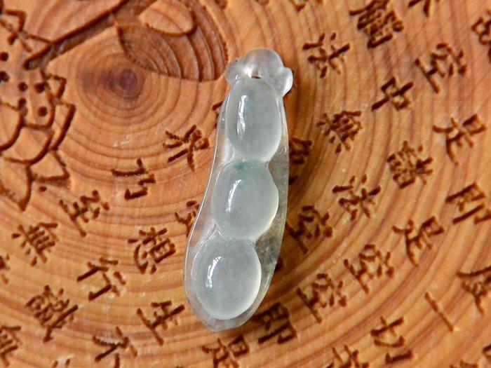 《緬甸翡翠專區》《鑲嵌》正品A貨 緬甸翡翠 冰透飄小花 豆子 玉吊墜 墜子 墜飾