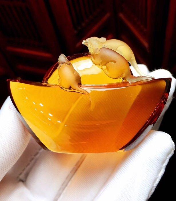 【一朵時光✿優品彙】-收藏極品💖巴西橘黃黃水晶鼠來寶(玻璃體/顏色發紅)顏色靚麗 收藏價值高 實物顏色超好