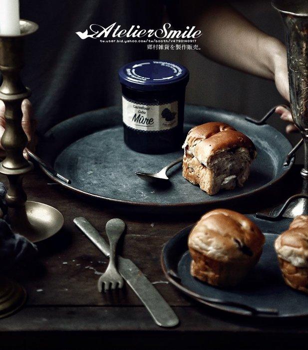 [ Atelier Smile ]  鄉村雜貨 日本直送 復古作舊 鐵製收納盤 鐵盤 圓形 把手麵包盤 拍照道具 # 大