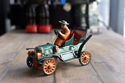 1950's Old Time Jalopy. 稀有日本製早期原版鐵皮玩具 - 老爺車