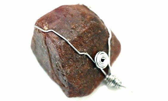天然~緬甸~紅寶石~剛玉~鑲框~胸墬~淨重27.9公克~原礦~緬甸玉~墜子