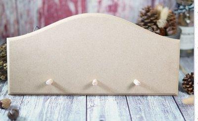 三孔鑰匙架掛板/蝶古巴特 Decoupage 拼貼 帆布袋 木器 彩繪 胚布 DIY 黏土 手作
